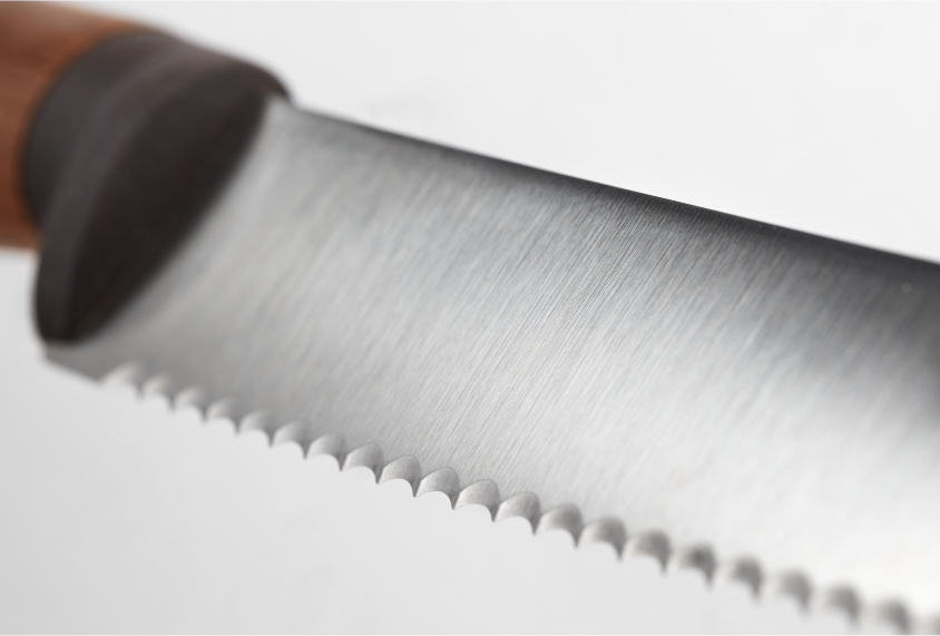 Urban-Farmer_Serrated edge